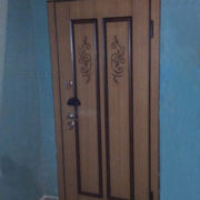 Входная дверь, дори с клавиатурой типа «Ракушка»