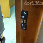 Стандартная установка на деревянные двери